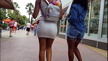 candid ebony teen booty shopping vpl
