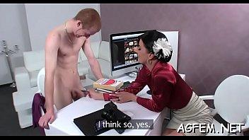 man pleasures female agent to max