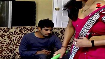 hot indian short films-  hot girl jyothi.