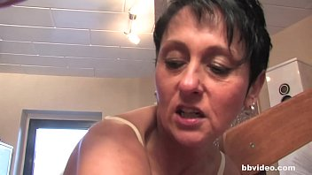 bbvideo.com bi german milf babes shares.