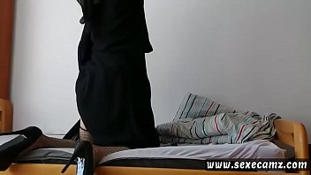 french arab muslim milf in hijab anal with dildo