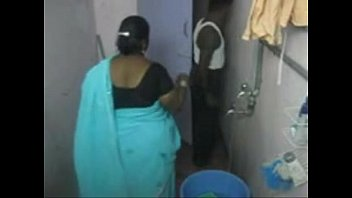 1.aunty bath  hidden cam 1.
