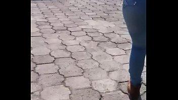 jeans ajustados que hermoso culito