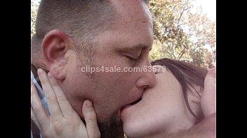 kissing mp3 full video
