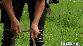 slave huntress 2: hunting two beautiful.