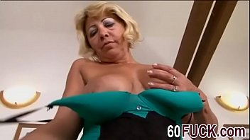 6fuck-7-3-17-sarah-is-a-blonde-granny-who-never-had-a-bbc-before-hi-1