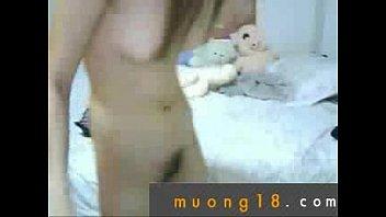 n&aacute_&raquo_&macr_ sinh chat sex khoa than trong phong rieng