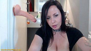 amateur milf big boobs on webcam - live.