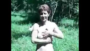 fully nude mature wife masturbating in.