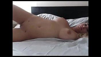 hot body babe lives nude for free - camtocambabe.com