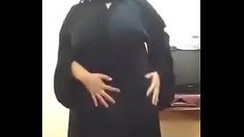 hot muslim get naked in webcam