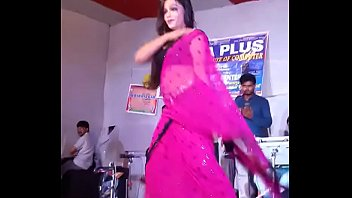 hindi hot song dhak dhak karne laga live.