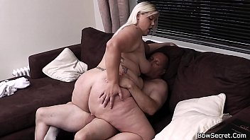 blonde bbw gives head and rides.