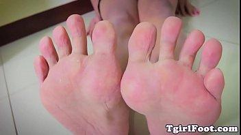 feet fetish ladyboy curling her red.