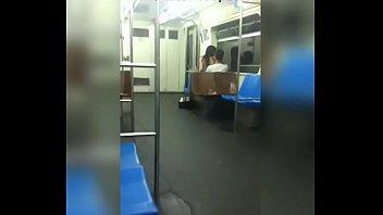 transando no metro em publico fucking in the.
