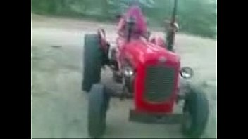 rajasthani women driving tractor