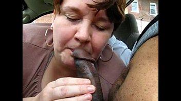chubby mature amateur treating black dick.