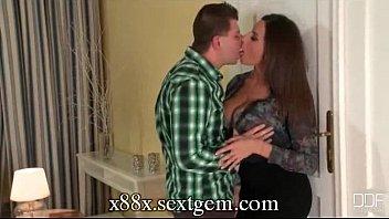 sensual jane french kissing her man