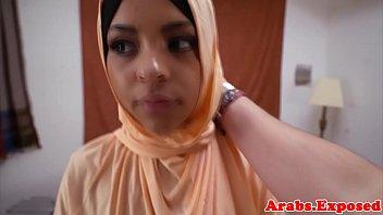 arab amateur pov pussyfucked wearing hajib