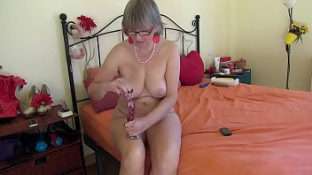 spicyhoneymilf mature joi jerk off instrucitons