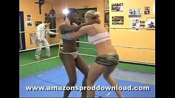 french women'_s wrestling - amazon'_s prod.