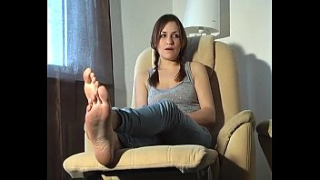 tied up and tickled feet (german)