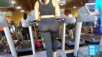 big booty at gym