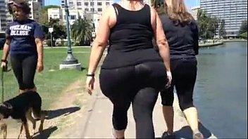 huge white bbw candid spandex ass.