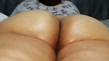 nice soft latina booty.   ( latinaxxxheat )