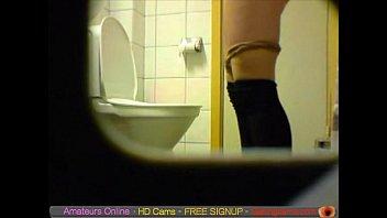 amateur teen toilet pussy ass hidden spy cam.