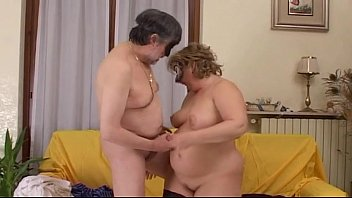 amateur mature couple loves to fuck and to.