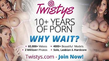 twistys - (lauren clare) starring at let me.