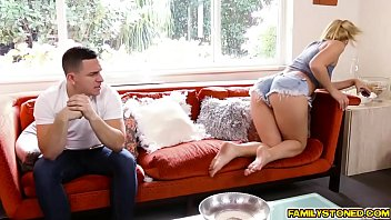 natalia starr sucks step bros cock.