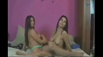 lesbians eating pussy on cam show - watch.