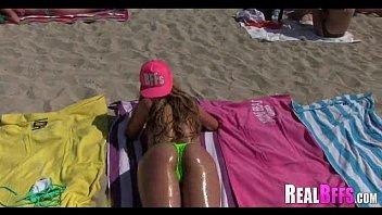 girlfriends have a beach orgy 209