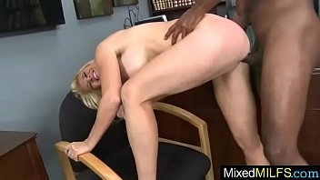 naughty milf (totaly tabitha) busy on black mamba.