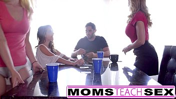 momsteachsex - hot mom &amp_ teen friends orgy.
