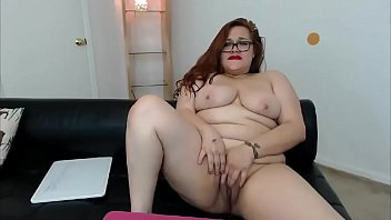 does the carpet match the drapes cum find.
