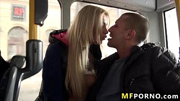 blondie fucked on public bus lindsey.