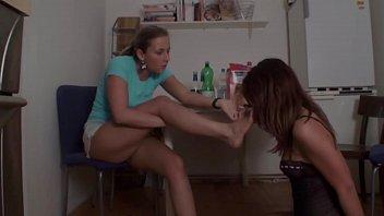 lesbian feet smelling