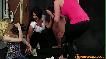 cfnm milfs sucking cock at photo.