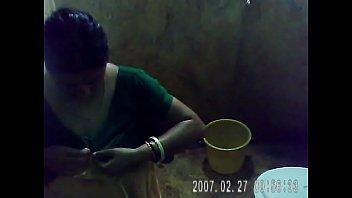 my hot mom bath  4.avi