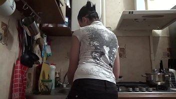 kate naughty maid! full 1hour 15.