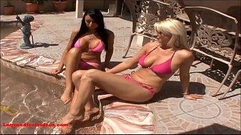 legsandfeetvideos.com 2 sexy girls share cock geting fuck.