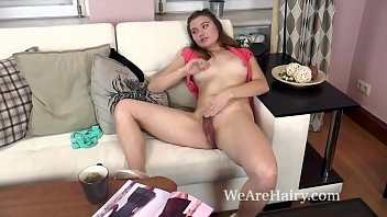 alessia strips naked on couch and masturbates - http://www.kik.sex