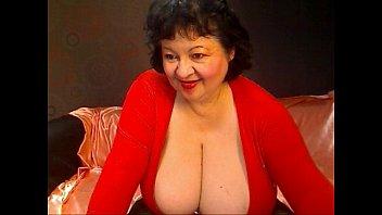 maure big boobs webcam
