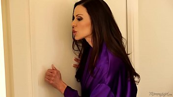 ariana marie and kendra lust almost caught  -jasminfuck.com