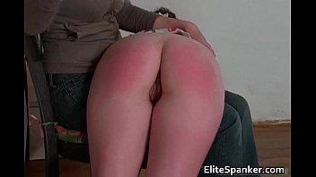 sexy brunette gets her big butt.