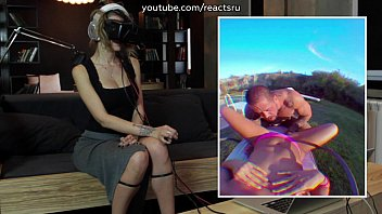 russian models watch vr-porn in oculus.