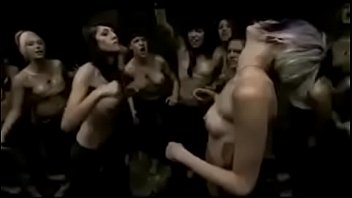 emo girls fight hard!!!